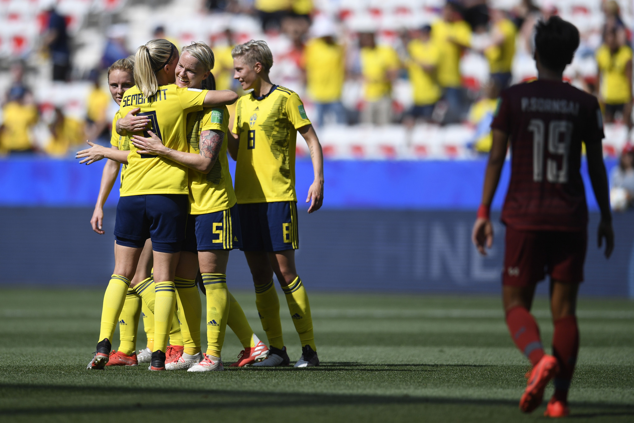 Sweden and United States cruise into knockout stage at FIFA Women's World Cup