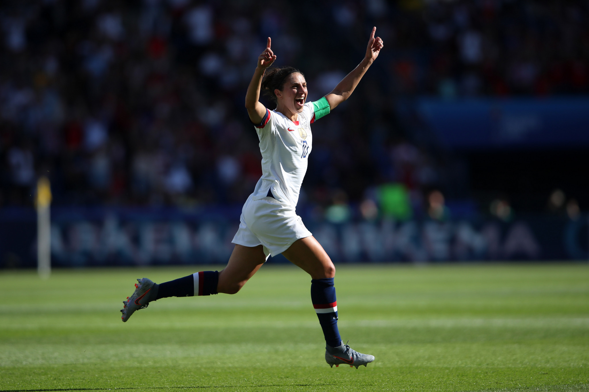 Forward Carli Lloyd enjoys the moment after putting United States ahead against Chile ©Getty Images