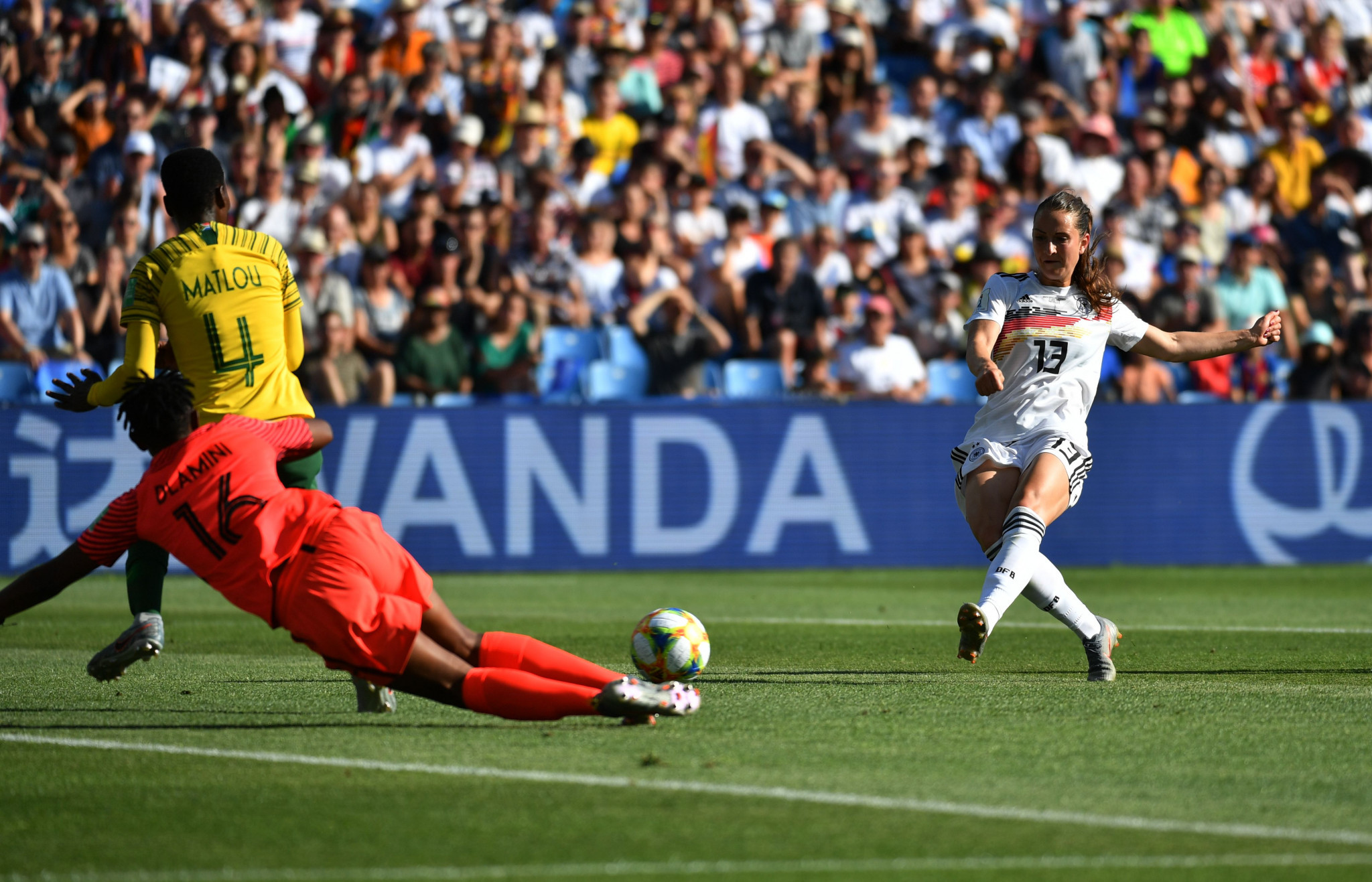 Sara Dabritz doubles Germany's lead after a glaring error from South Africa goalkeeper Andile Dlamini ©Getty Images