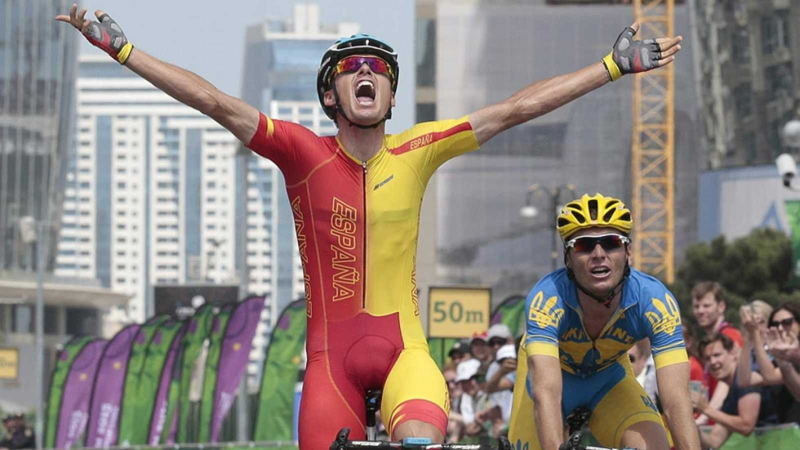 Luis León Sánchez celebrates victory in the men's cycling road race - one of eight European Games gold medals won by Spain at Baku 2015 as they finished 10th overall ©Getty Images