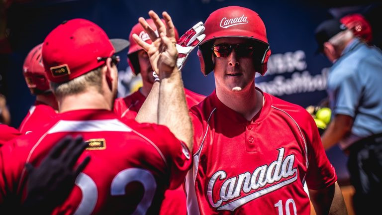Canada extended their perfect start to Group B ©WBSC