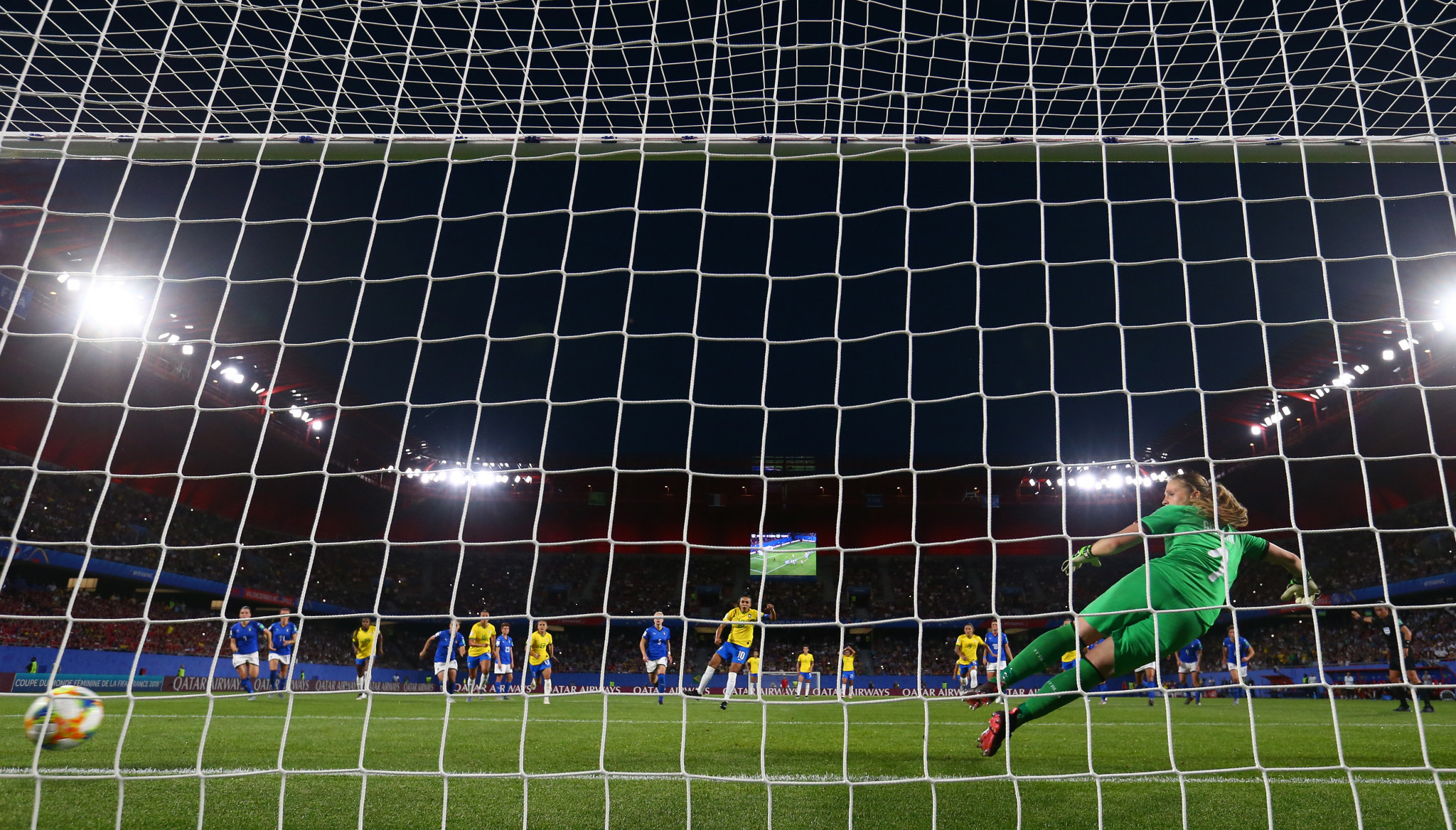 Brazil's Marta calmly converts her 17th Women's World Cup goal from the penalty spot against Italy ©Getty Images