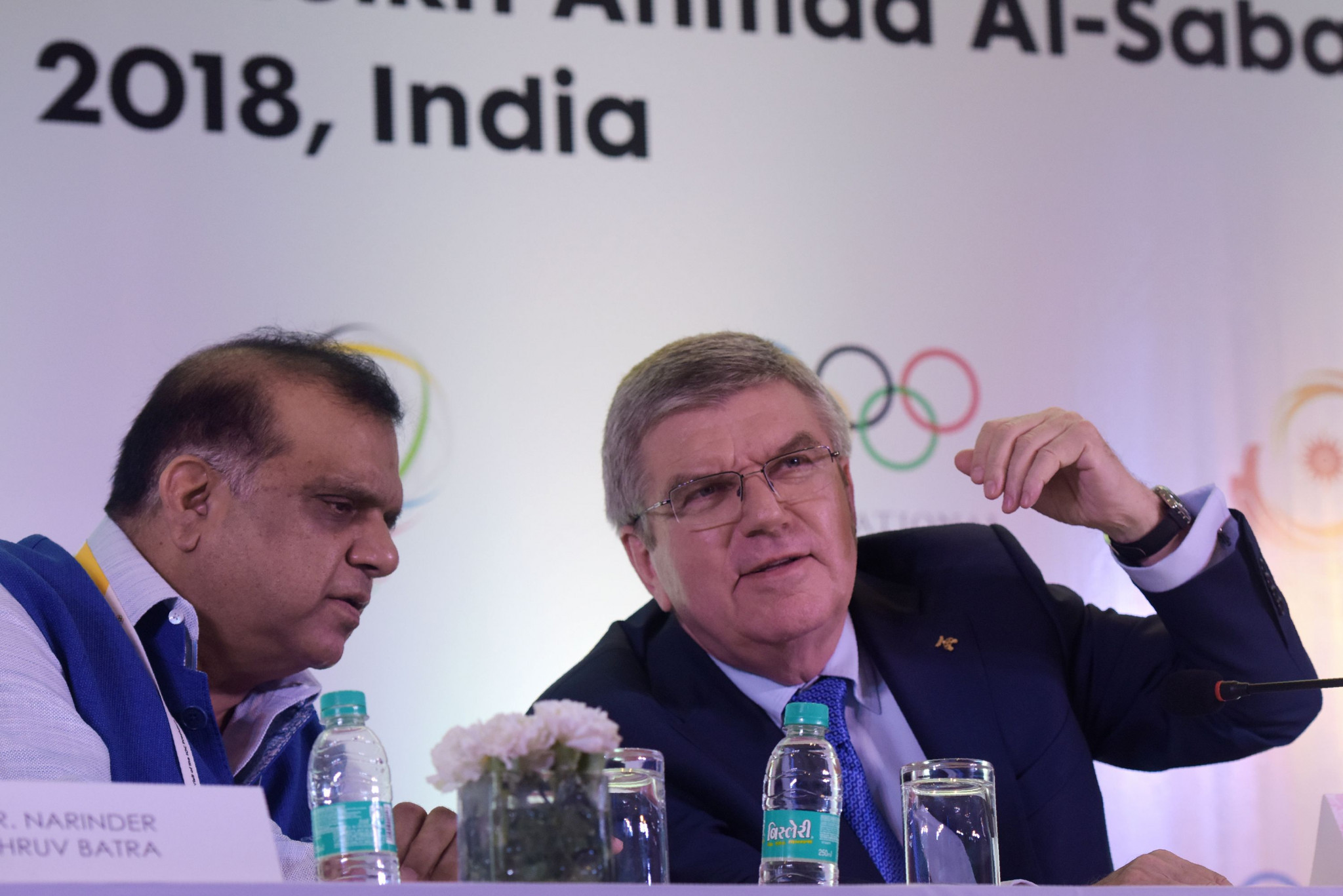 The letter providing the required guarantees was sent to IOA President Narinder Batra, left, and IOC President Thomas Bach, right ©Getty Images