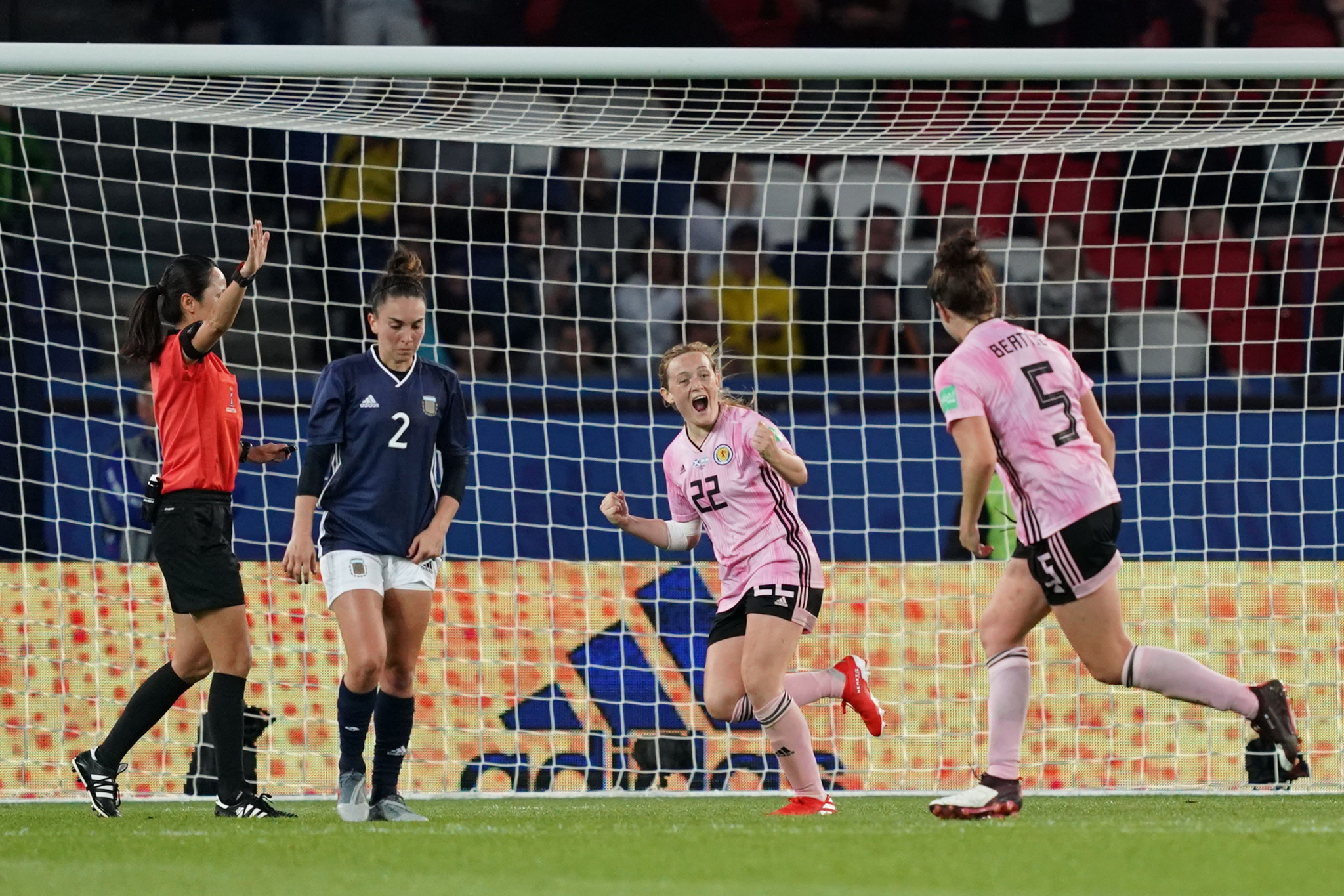 Erin Cuthbert scored Scotland's third with 20 minutes to go ©Getty Images
