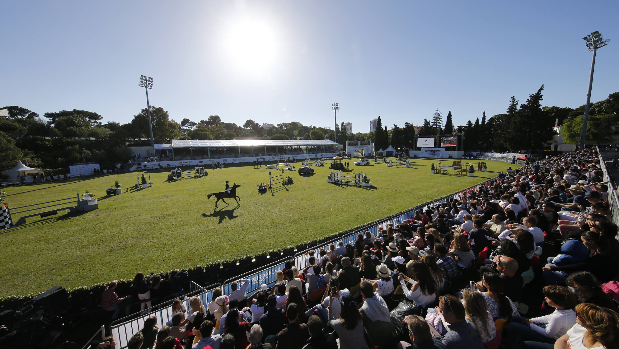 Devos out to reclaim top spot with Longines Global Champions Tour set to continue in Estoril