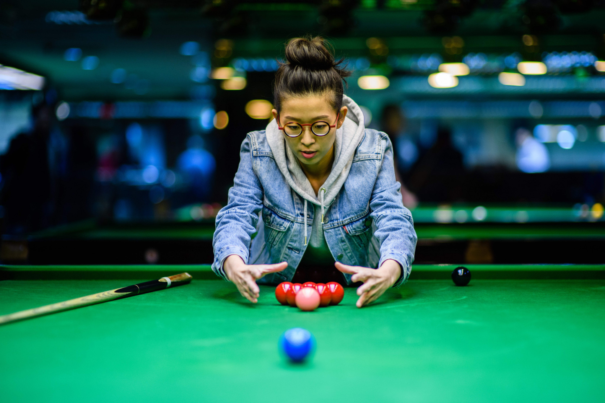 Defending champion suffers quarter-final defeat at World Women's Snooker Championships