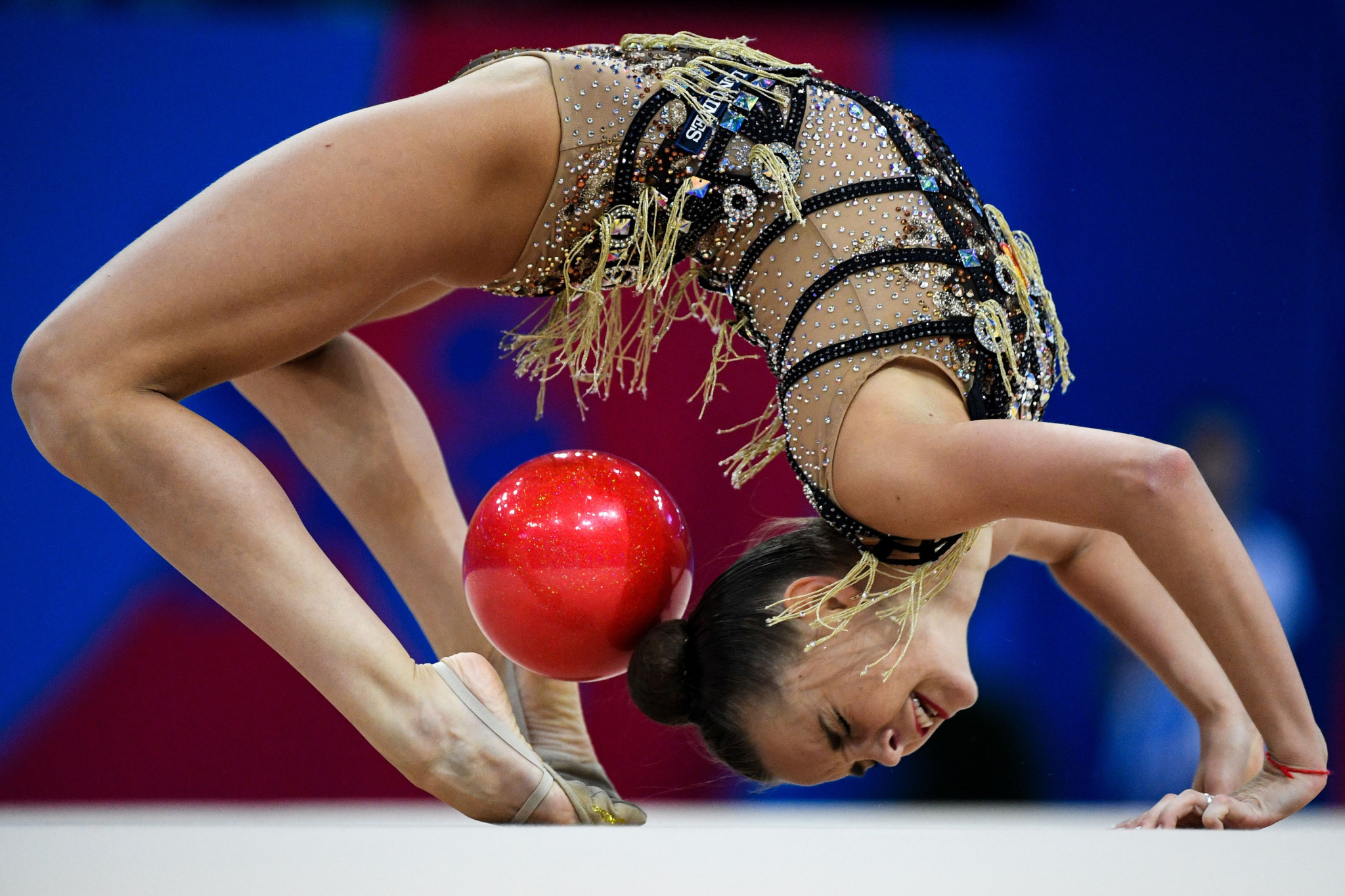 Dina Averina of Russia triumphed in the rhythmic gymnastics individual event ©Getty Images