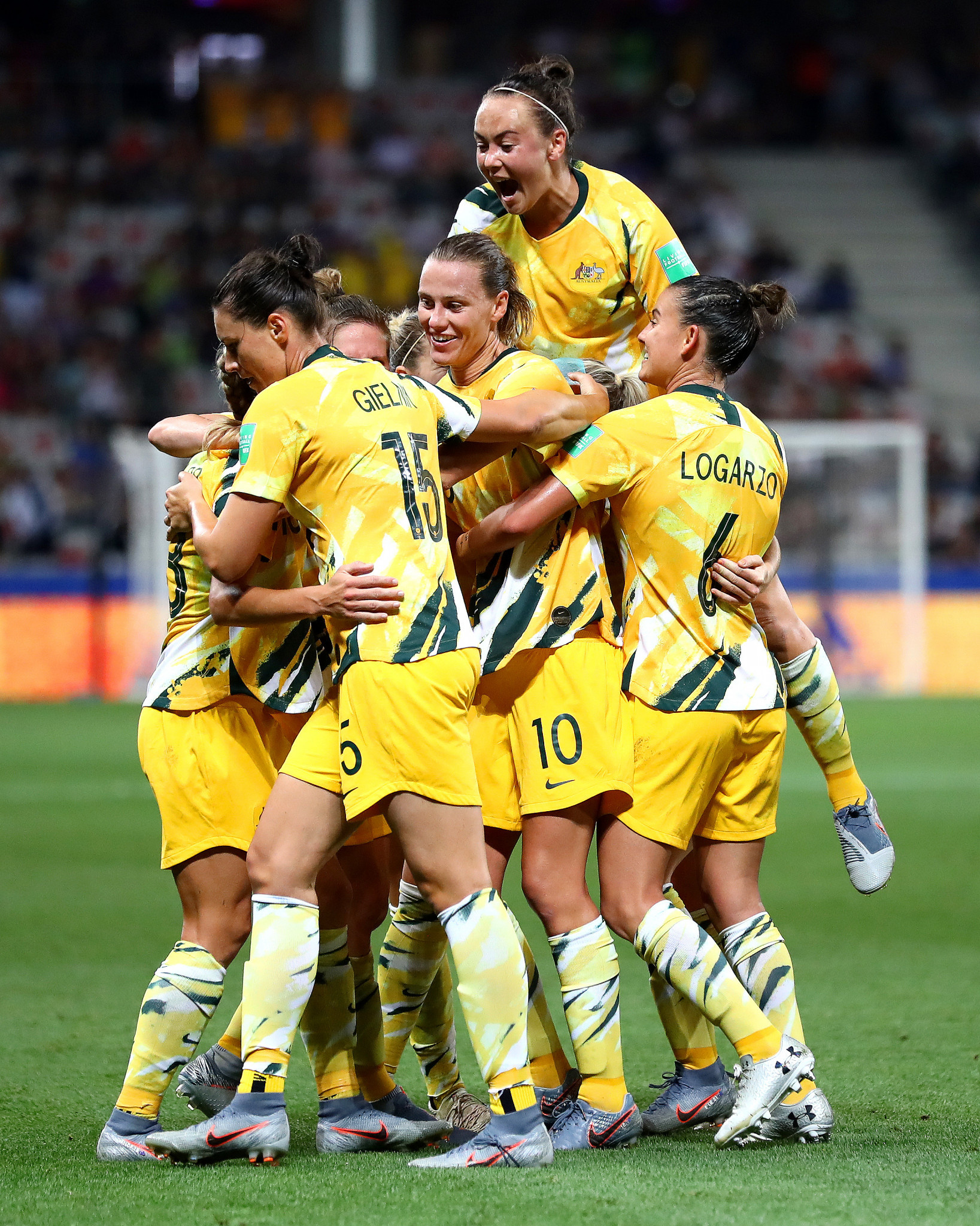 Australia dominated the second half and finally found a breakthrough when Elise Kellond-Knight's corner went straight in ©Getty Images