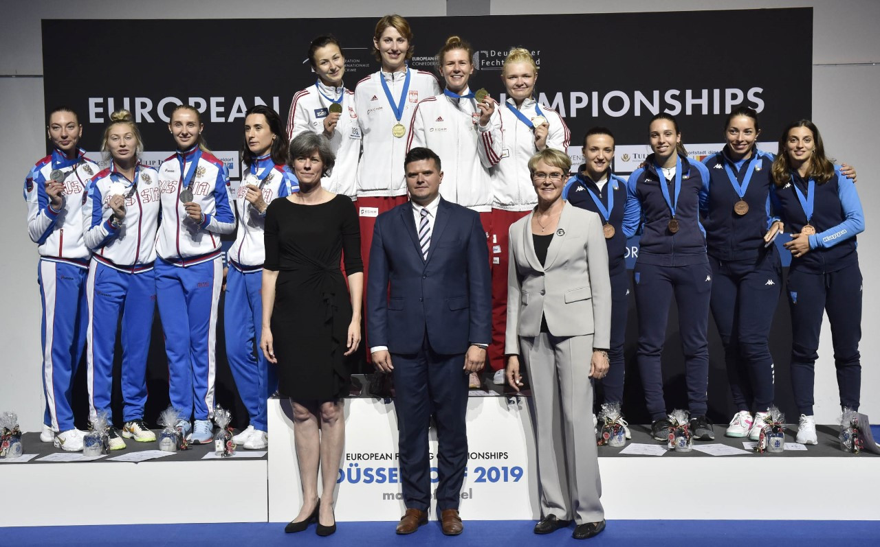 In the women's team épée, Poland came from behind to defeat Russia in the final of the European Fencing Championships in in Düsseldorf ©European Fencing Confederation