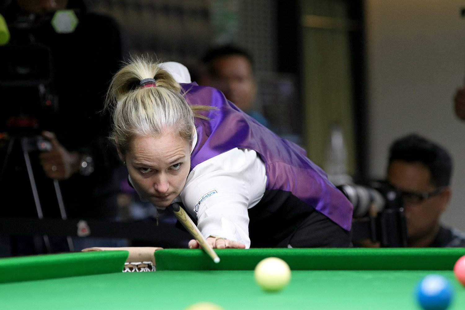 Evans wins record 12th World Women's Snooker Championship after seeing off challenge of Wongharuthai