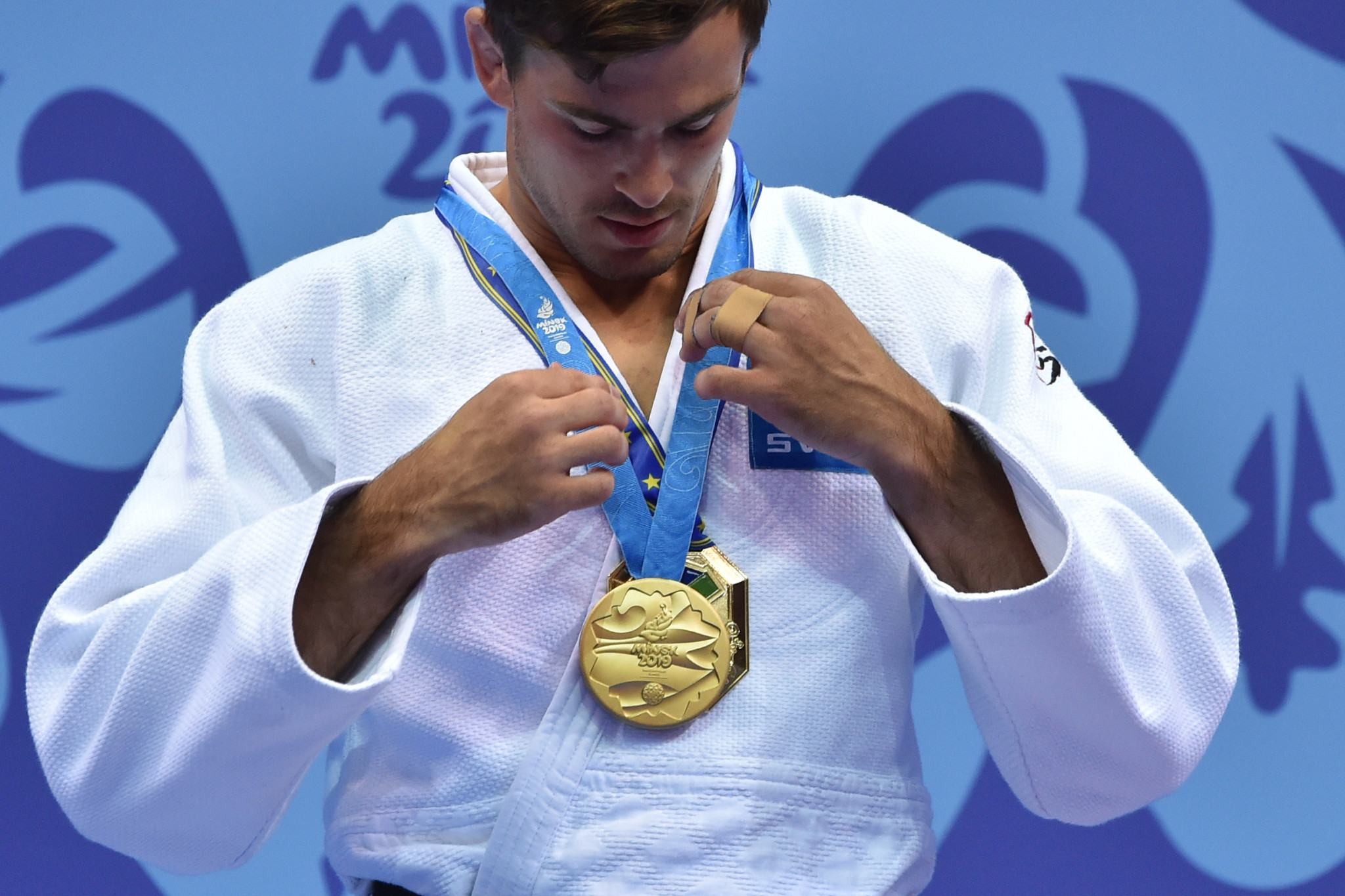 Macias pulls off surprise win over Rio 2016 silver medallist Orujov to win men's under-73kg judo gold