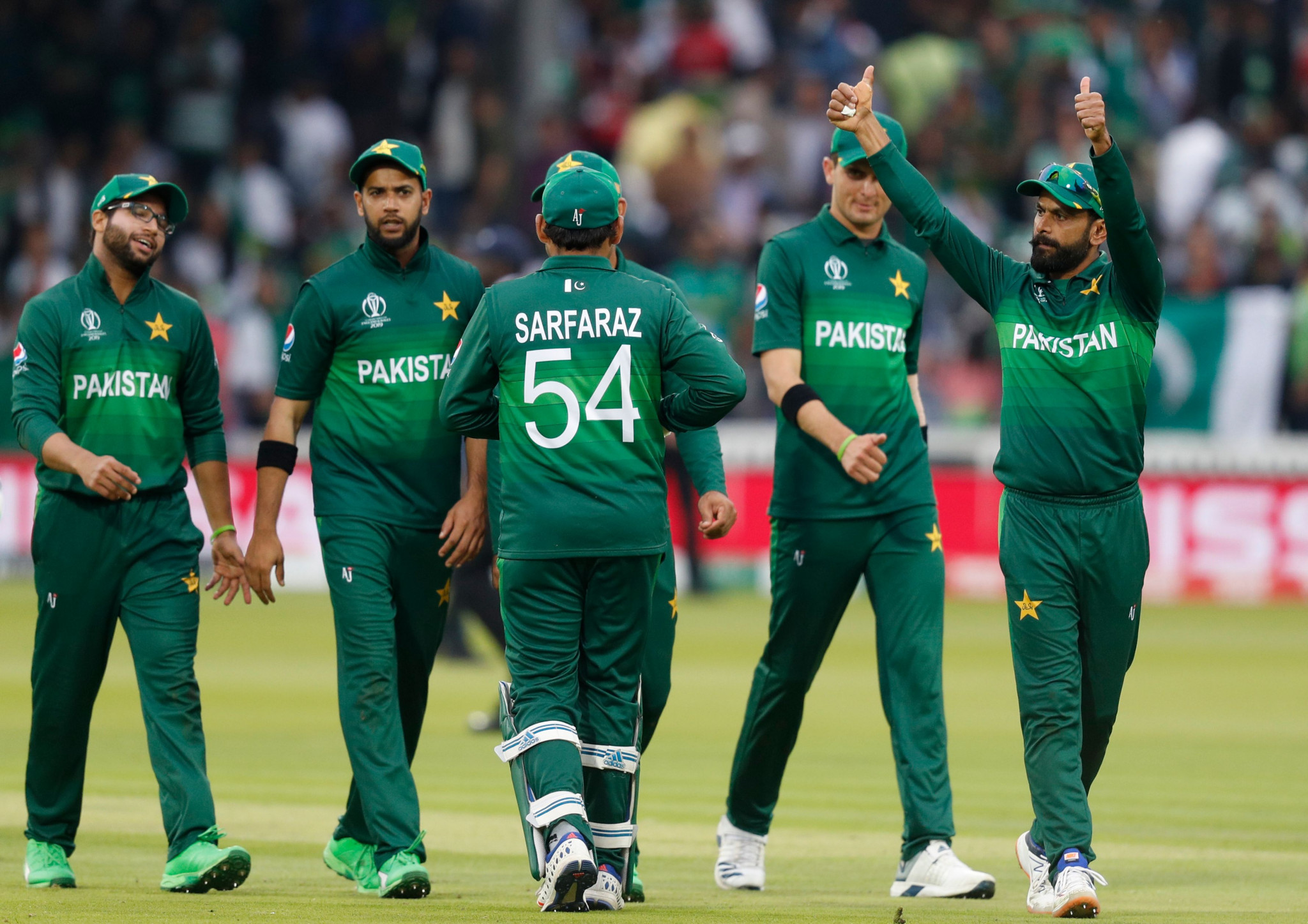 Pakistan keep faint ICC World Cup semi-final hopes alive as South Africa crash out