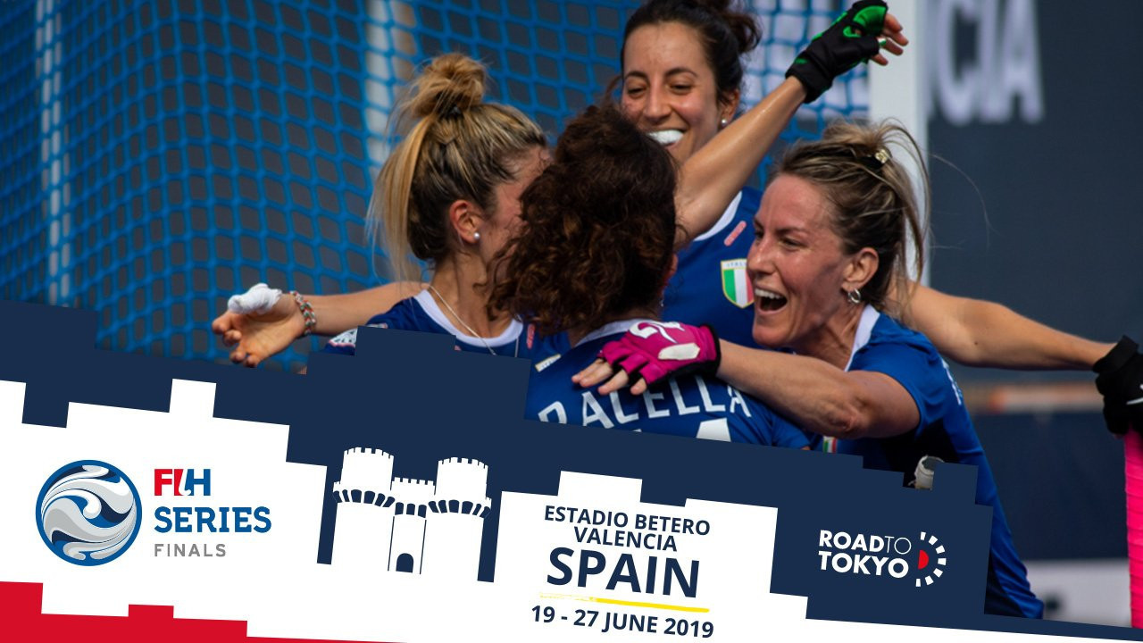 Italy claimed a comfortable win over Belarus today to book their place in the penultimate round of the FIH Series Finals event in Valencia ©FIH