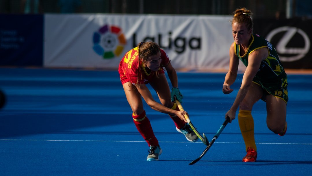 Hosts Spain claimed a narrow 1-0 win over South Africa in the second semi-final tie ©FIH