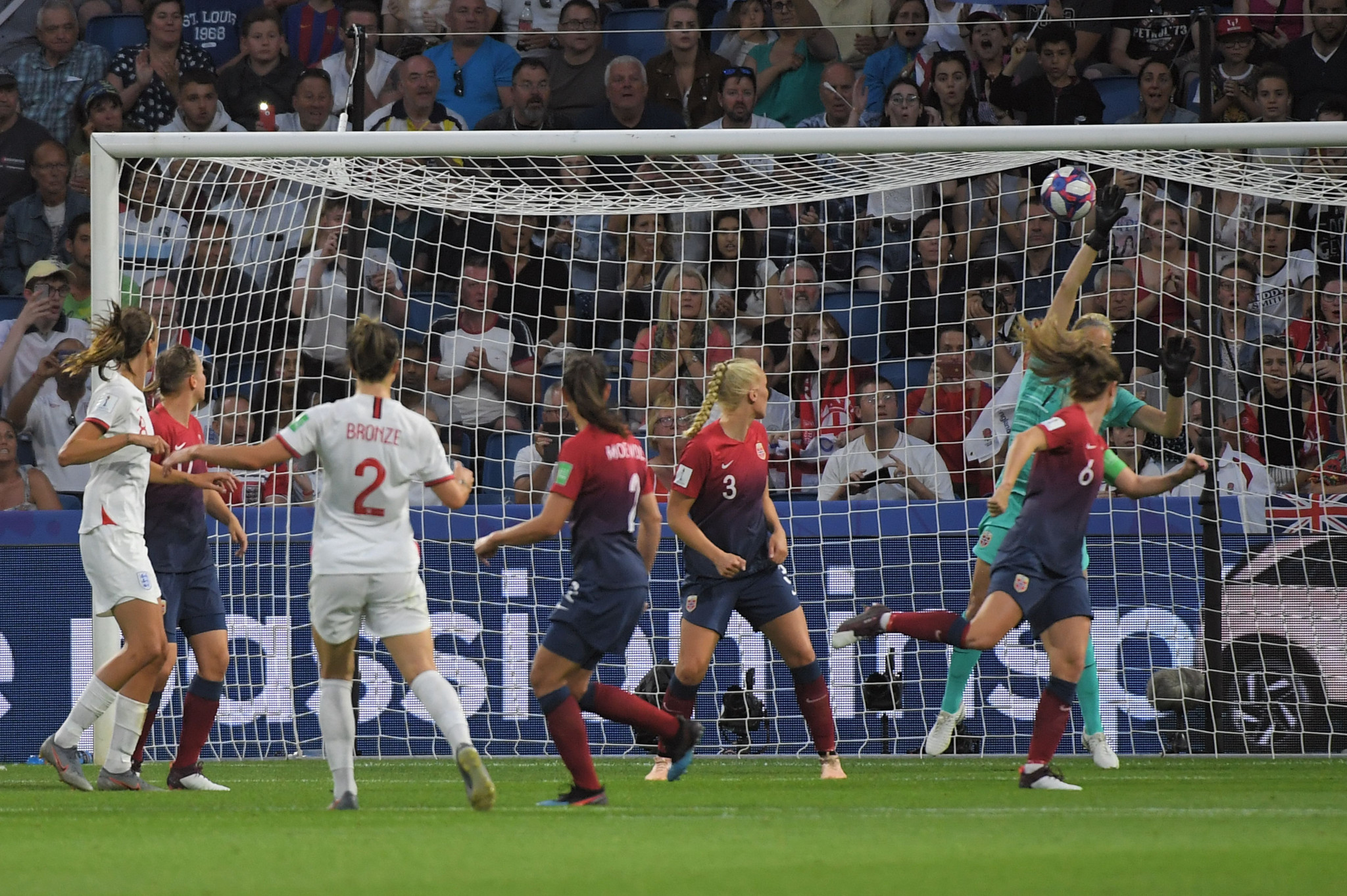 Bronze bullet helps book England semi-final place at FIFA Women's World Cup