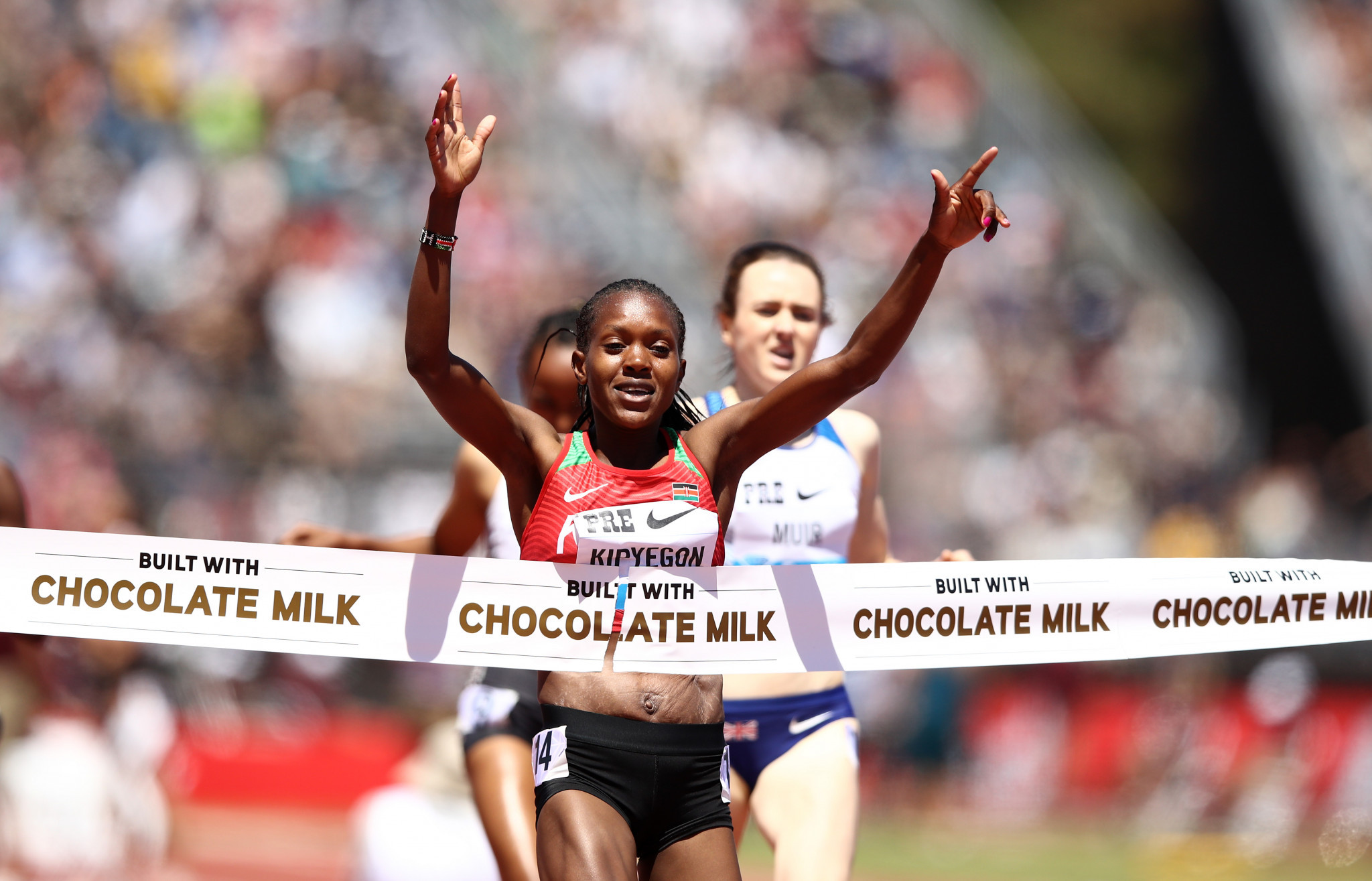 Kenya's Faith Kipyegon wins the 1500m at the IAAF Diamond League in Stanford, beating Britain's Laura Muir ©Getty Images
