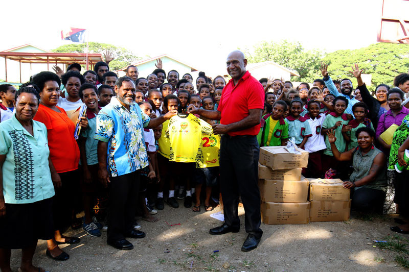 The donation was made possible by funds generated from the Trukai fun run earlier this year ©PNGOC