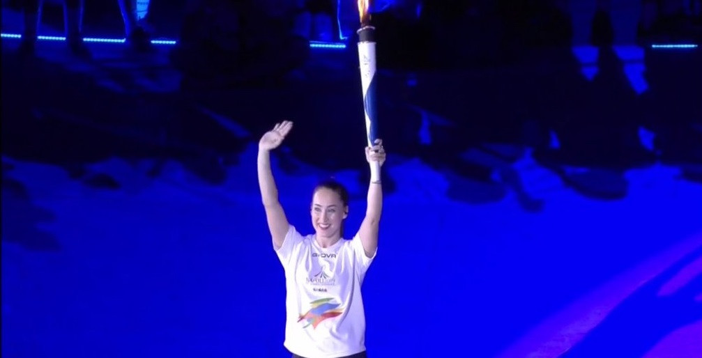 Controversial gymnast Ferlito is final Torchbearer at Naples 2019 Opening Ceremony