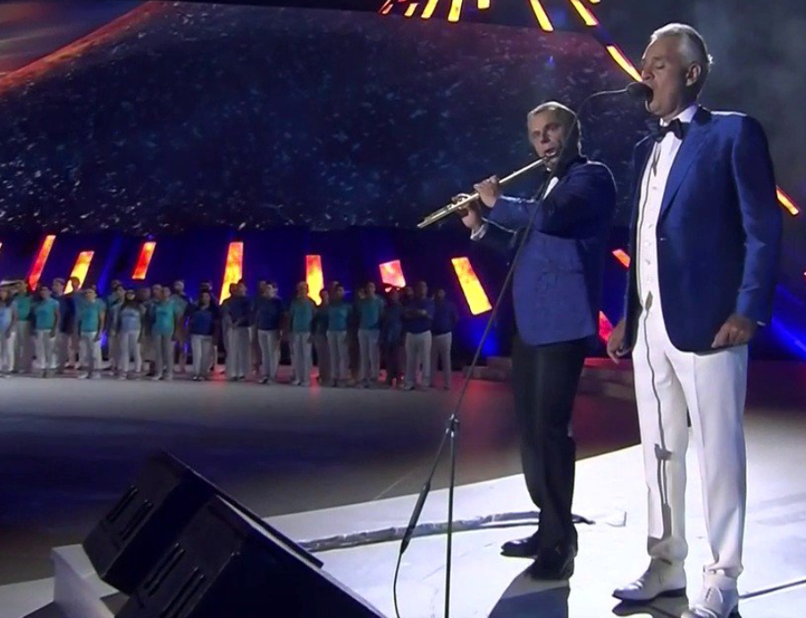 Andrea Bocelli made an appearance on stage at San Paolo Stadium ©FISU TV