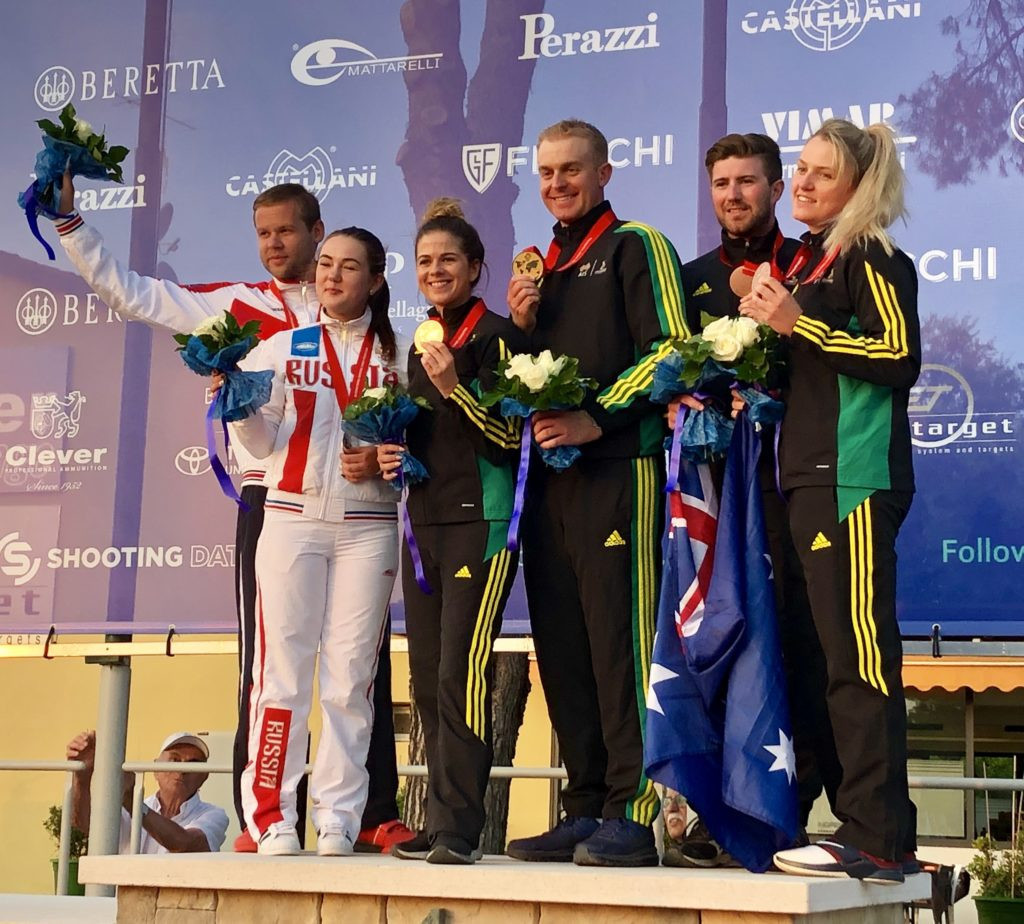 Laetisha Scanlan and James Willett of Australia secured the mixed team trap title at the ISSF World Shotgun Championship ©ISSF