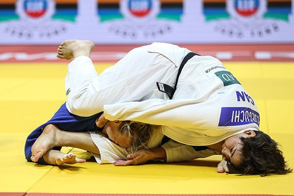 Christa Deguchi triumphed in an all-Canadian under-57kg women's final as she was too strong for compatriot and Osaka Grand Slam winner Jessica Klimkait ©IJF