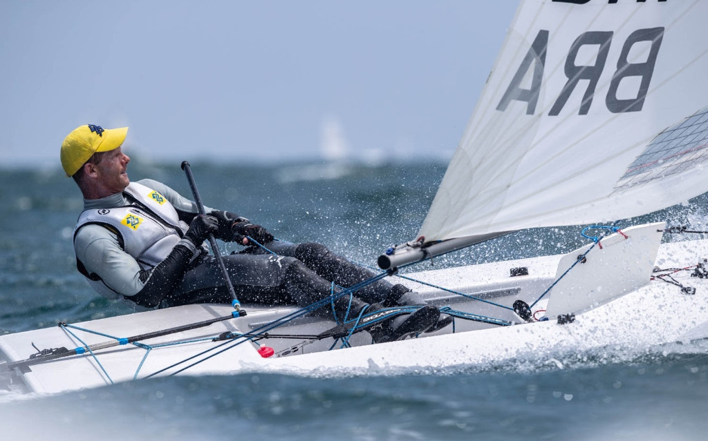 Brazil's double Olympic champion Robert Scheidt moved up to fifth in final qualifying today at the Laser Men's World Championship in Mino Bay, Japan ©Junichi Hirai/Bulkhead Magazine Japan