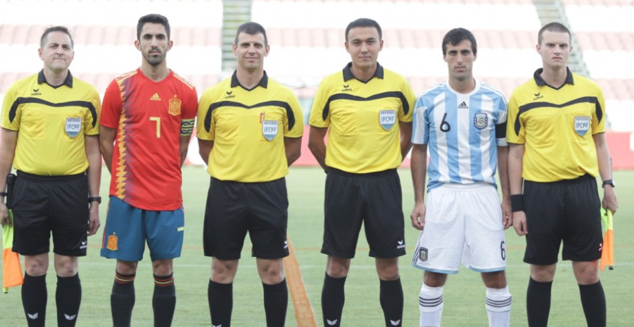 Argentina were in uncompromising mood as they put seven goals past Spain ©IFCPF