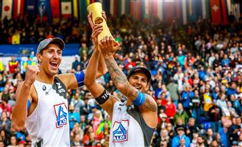 Russian pair clinch men's title at FIVB Beach Volleyball World Championships