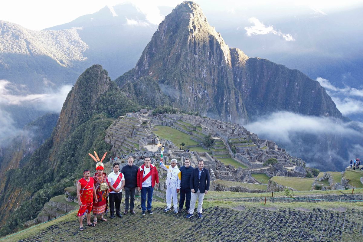 The flame that is now being transferred to Lima via 600 Torchbearers was ignited on the highest mountaintop of Machu Picchu amid the ruins of the Inca Citadel ©Lima 2019