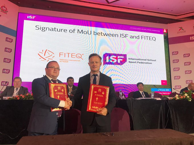 International Teqball Federation signs MoU with International School Sport Federation