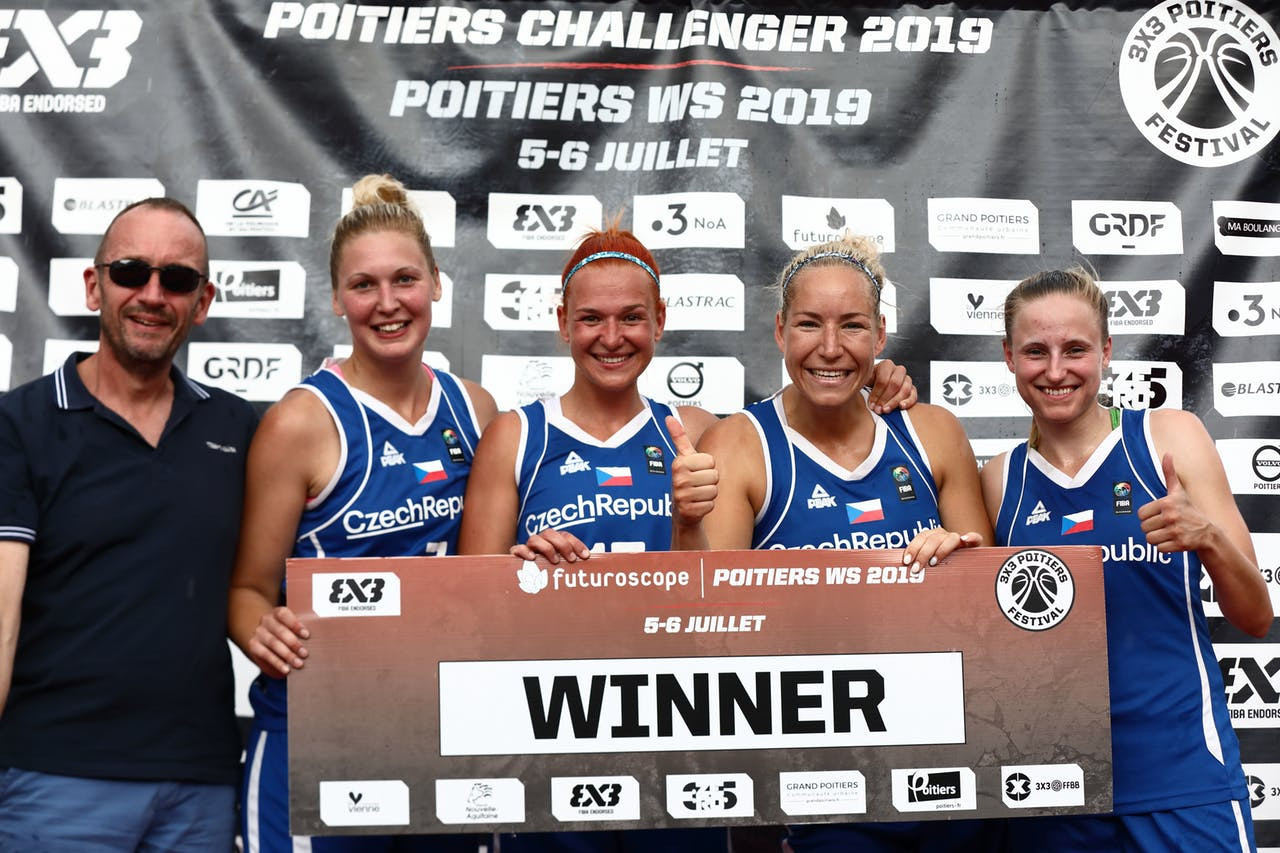 The Czech Republic were surprise winners of the third stop in the FIBA 3x3 Women's Series in Poitiers ©FIBA