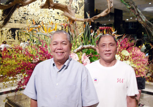 Joey Romasanta, left, replaced Ricky Vargas as POC President on a temporary basis ©OCA