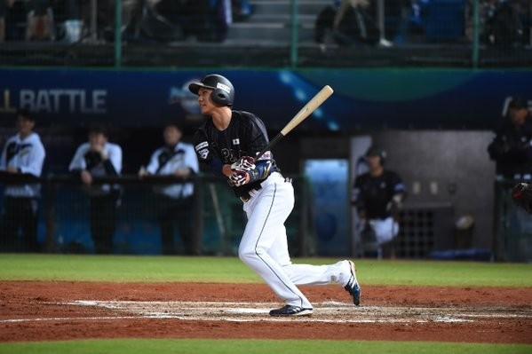 Nakata the hero as Japan claim third straight win at WBSC Premier12