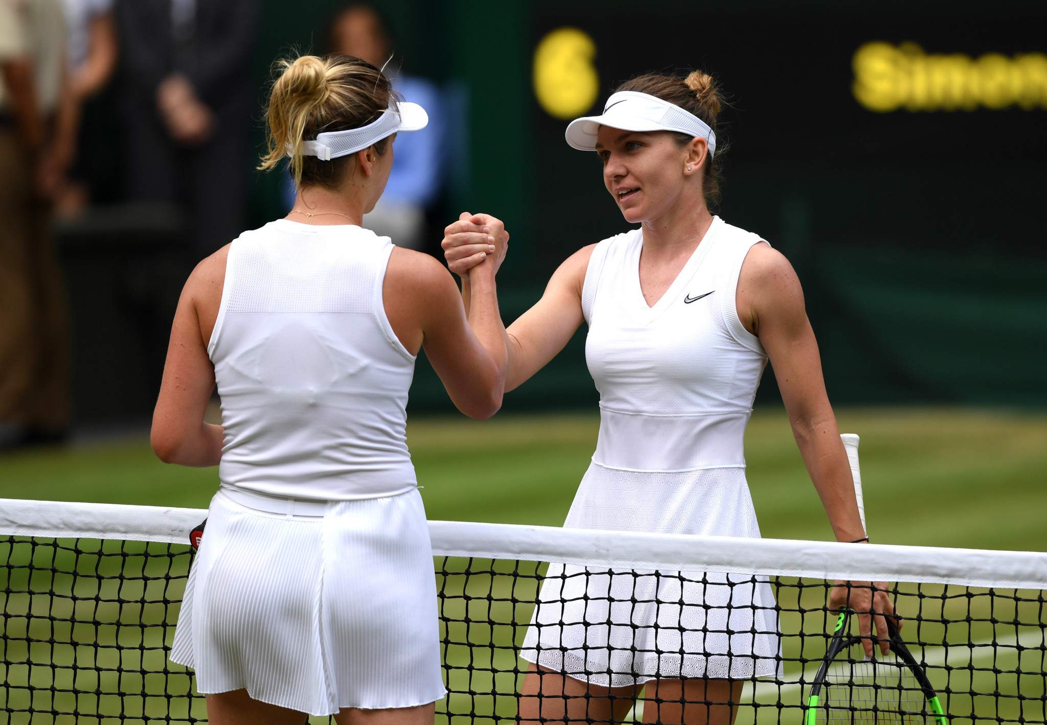 Halep and Williams ease through to women's singles final at Wimbledon