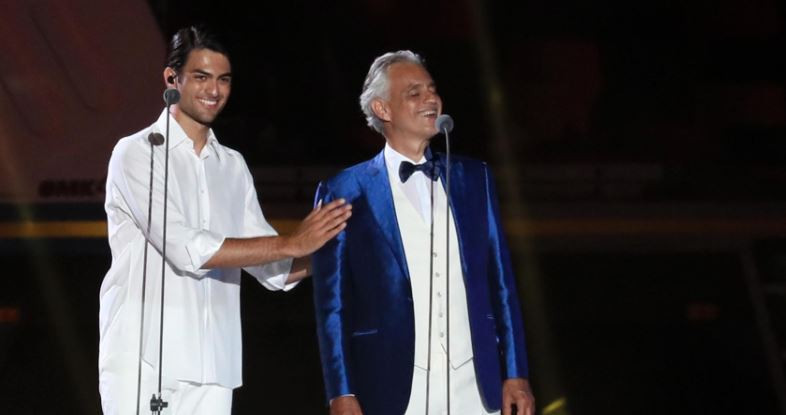 Andrea Bocelli performed with his son Matteo at the Summer Universiade's Opening Ceremony ©Naples 2019