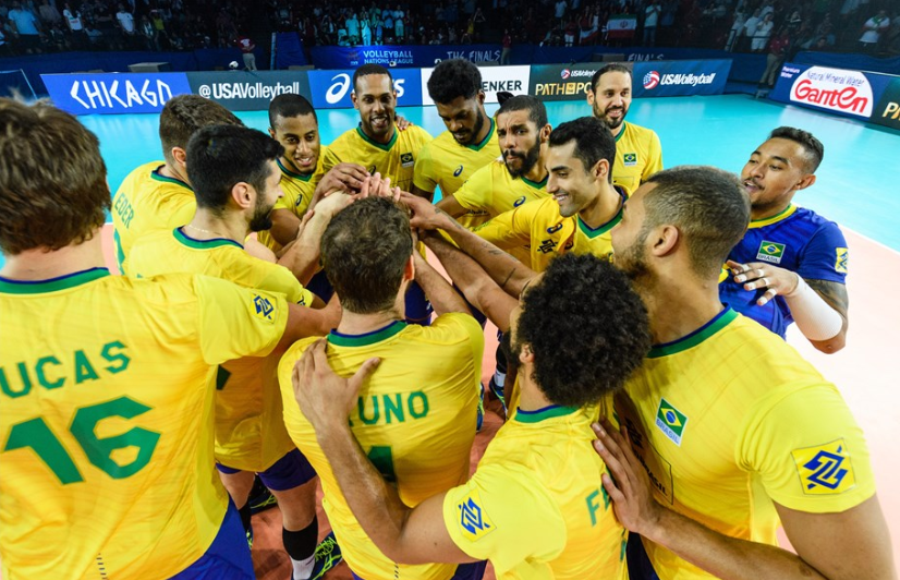 Brazil celebrate qualifying for the FIVB Men's Nations League final round semi-finals ©FIVB