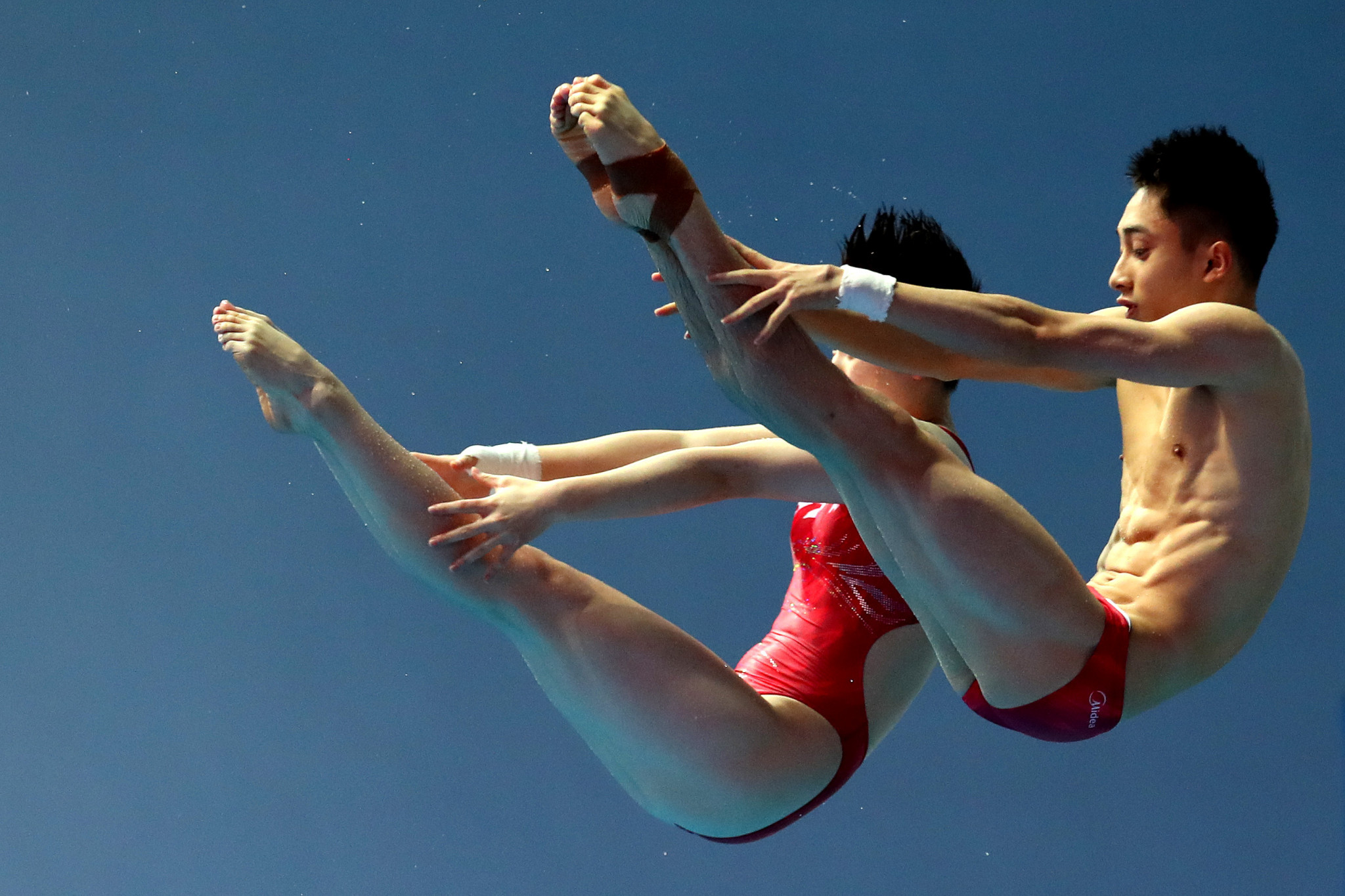 Lian Junjie and Si Yajie won the mixed 10m synchronised event as China dominated today's diving competition ©Getty Images