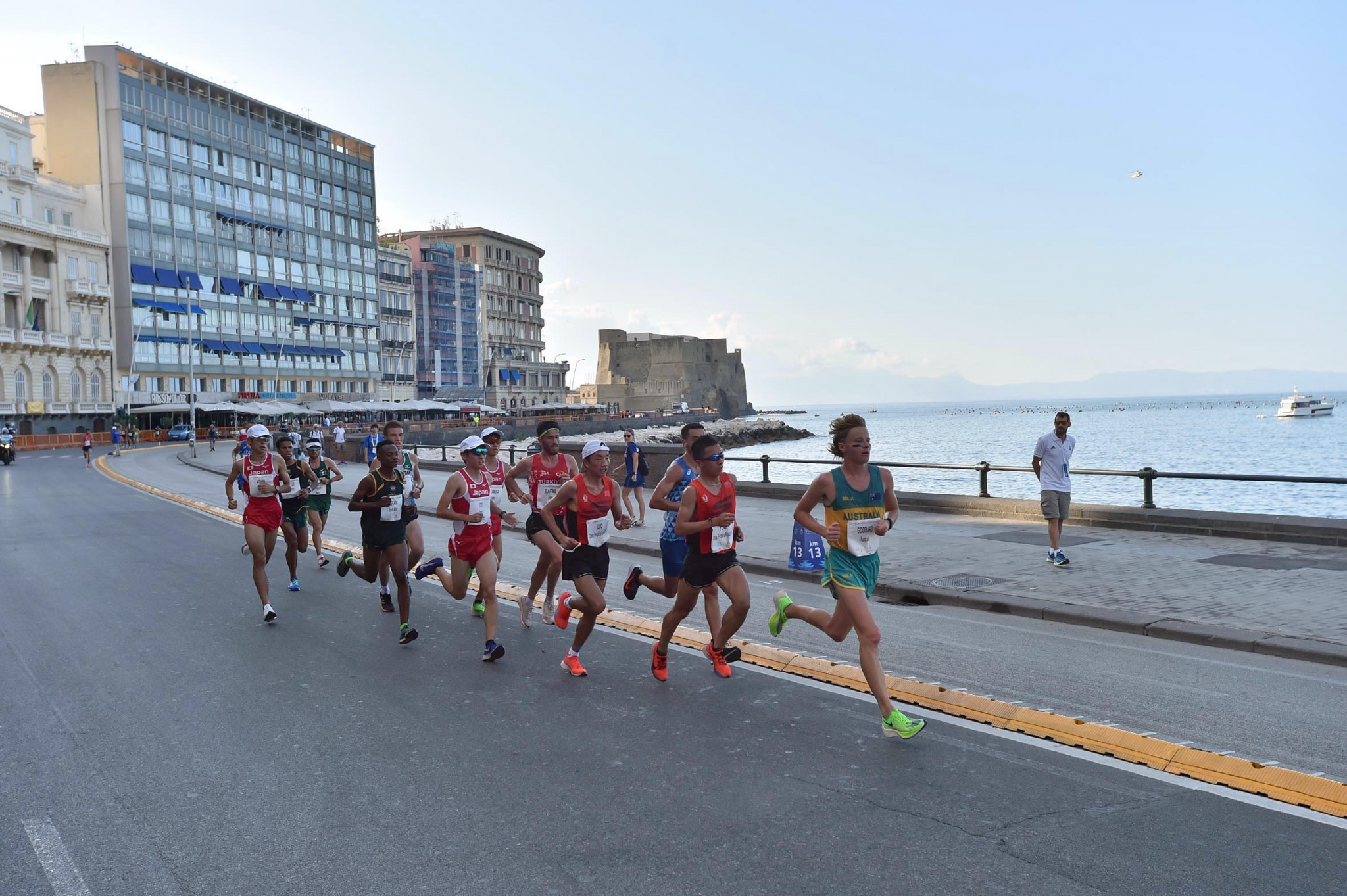 Chinese disqualification for breaking IAAF refreshment rules gives Japanese Naples 2019 half-marathon clean sweep