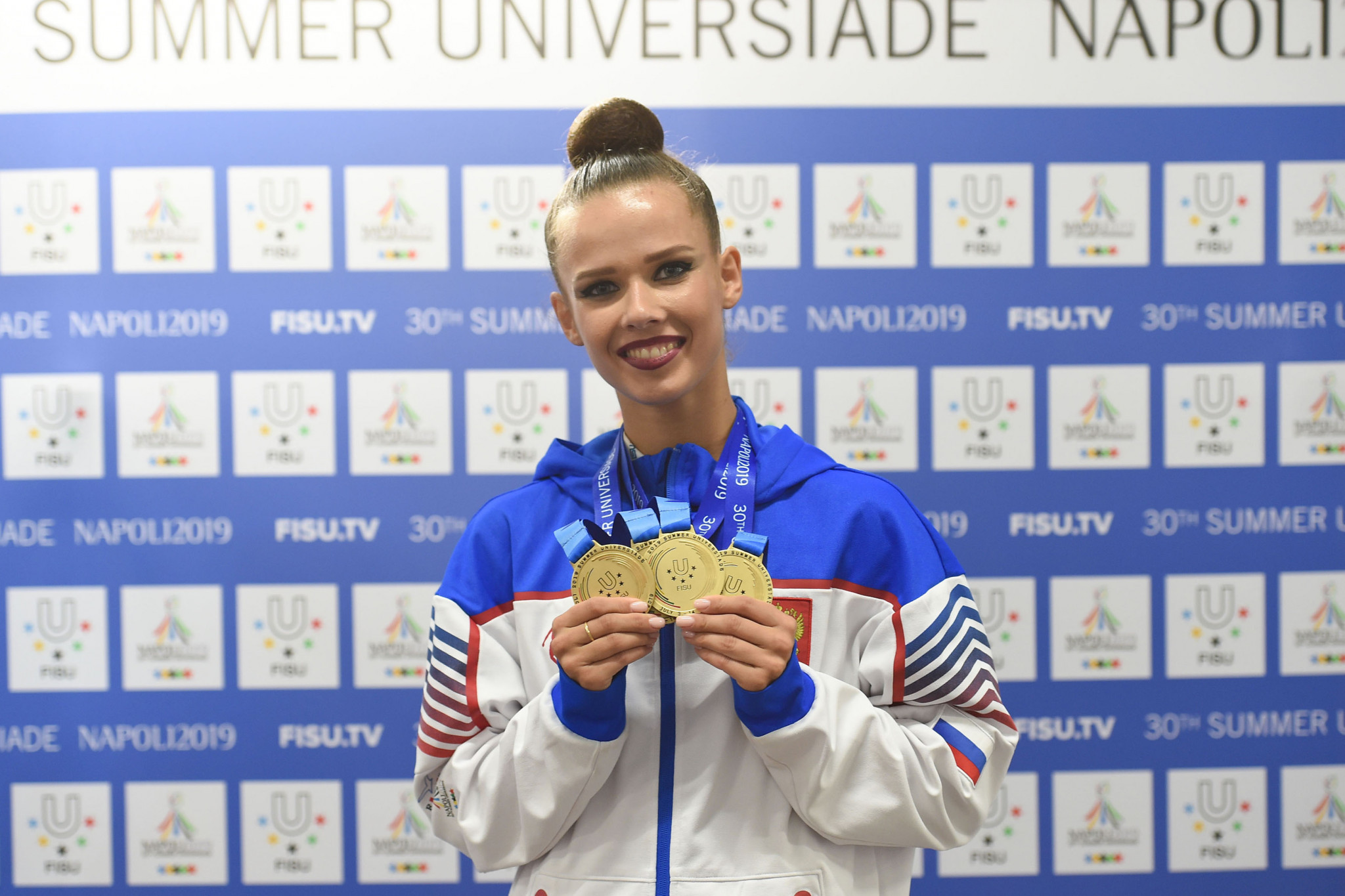 Selezneva collects three rhythmic gymnastics gold medals on penultimate day of Naples 2019