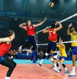 Home team reach gold medal match against Russia at FIVB Men's Nations League in Chicago