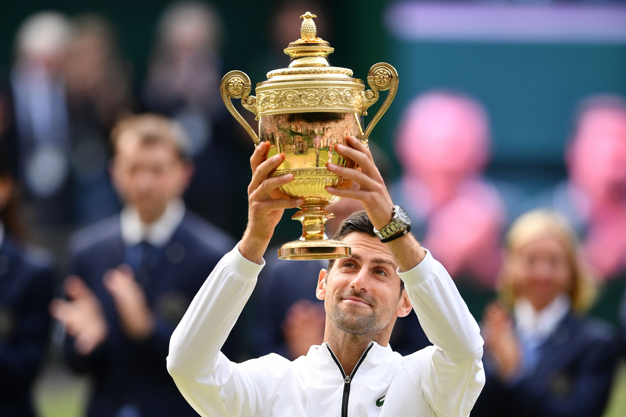Djokovic wins epic Wimbledon final against Federer