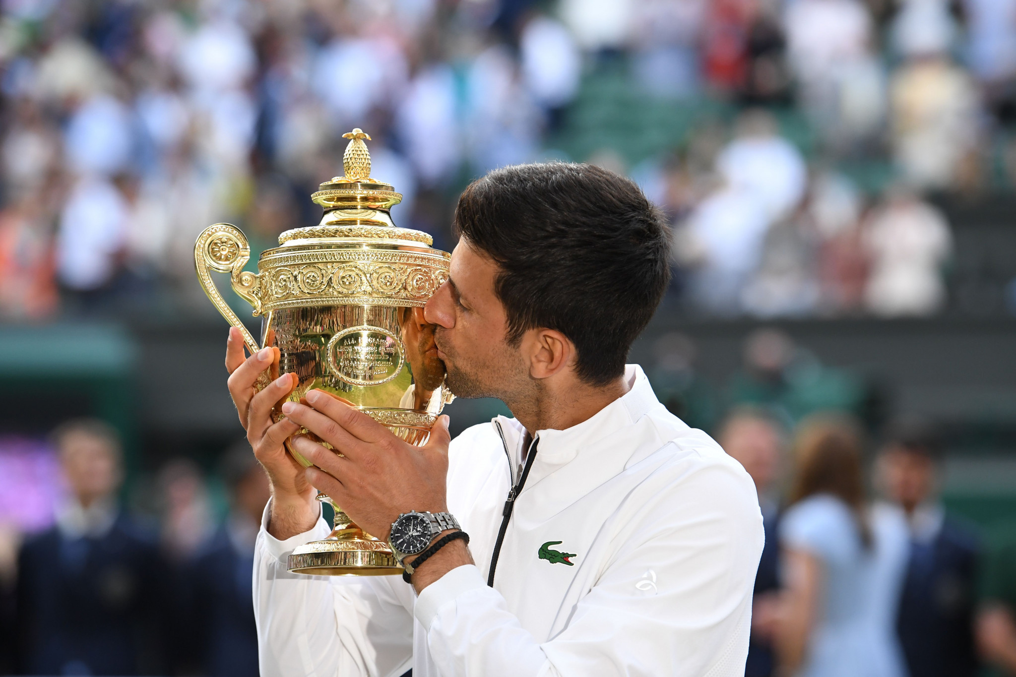 Djokovic and Federer serve up an all-time classic at Wimbledon