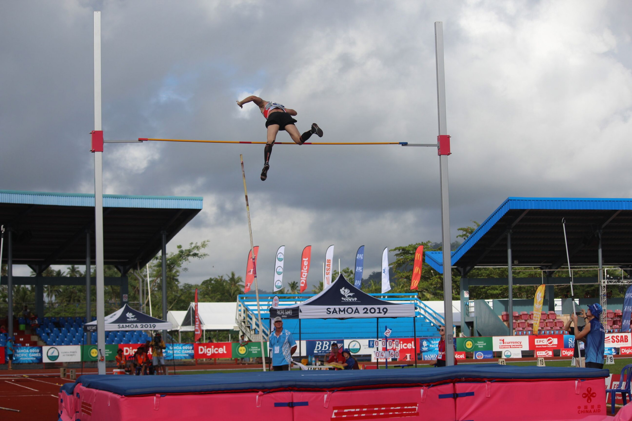 A competitor makes an attempt at the pole vault at Apia Park on Wednesday ©Games News Service