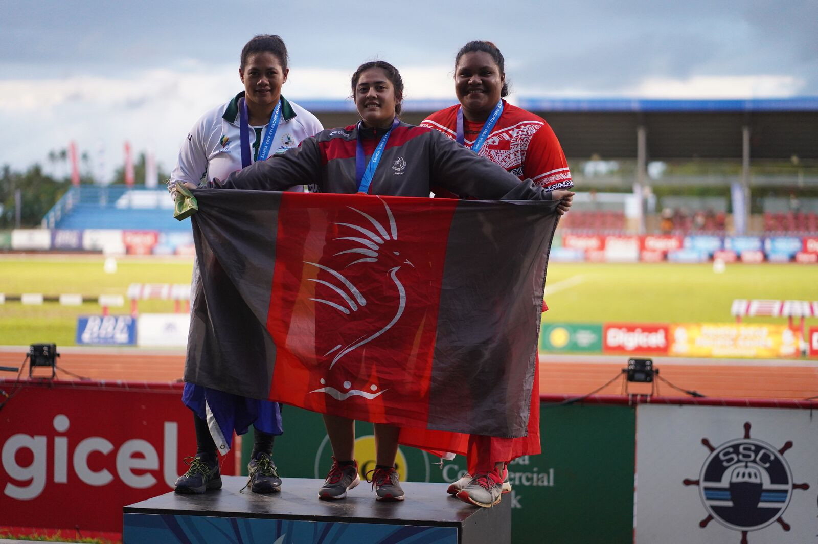 New Caledonia's Lesly Filituulaga celebrates winning the women's discus at the age of just 16 ©Games News Service