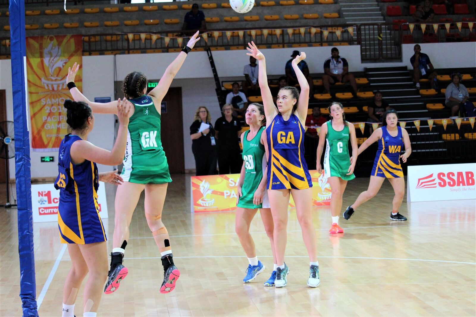 The minnows of Tokelau and Norfolk Islands faced off in the netball at the Multi-Sport Centre ©Games News Service