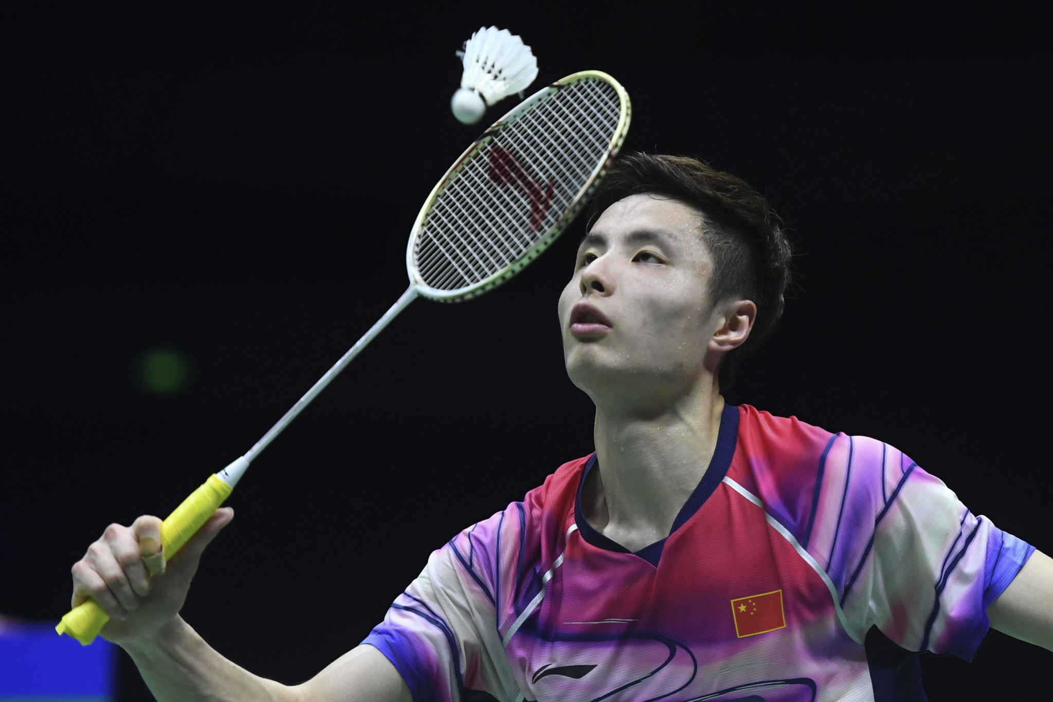 Shi Yuqi needed to come from behind to reach round two ©Getty Images