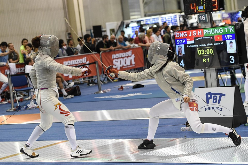 Vietnam's Phung Thi Khanh Linh has secured her place in the main draw of the women's sabre event ©#BizziTeam/FIE/Facebook