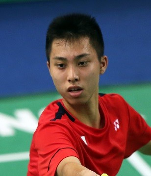 Japan's Naraoka ousts top seed Dey at BWF Russian Open