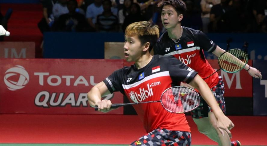 Marcus Fernaldi Gideon, left, and Kevin Sanjaya Sukamuljo will take on Mohammad Ahsan and Hendra Setiawan in an all-Indonesian men's doubles final tomorrow ©BWF
