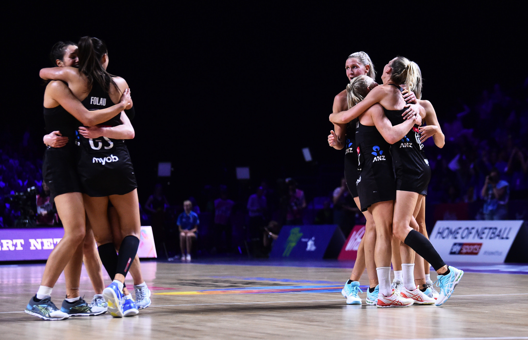 New Zealand celebrate after reaching the Netball World Cup final ©Getty Images